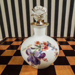 Smuk antik porcelæns- flakon fra Københans Porcelæns Maleri i fineste stand!