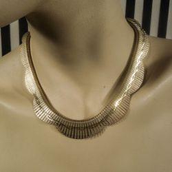 Smukkeste vintage halscollier i forgyldte lameller fra tresserne!
