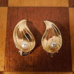 Vintage blad øreclips i guld med ægte Akoya perle fra Siersbøl.