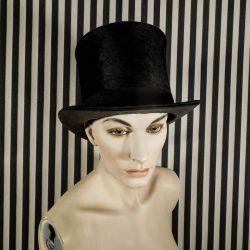 Vintage høj hat af muldvarpeskind fra Rue LaFayette