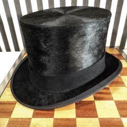 Antik høj hat i muldvarpeskind i fineste kvalitet med original æske