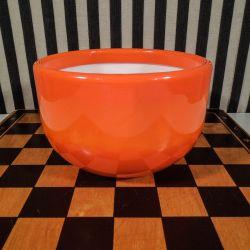 Holmegaard glas-skål i en smuk orange farve fra Palet-serien!