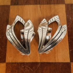 Vintage store blad-øreclips i sterling sølv fra N.E. From