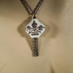 Vintage designer halskæde i porcelæn og sterling sølv fra Anne Marie Ødegaard.