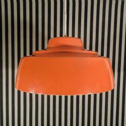 Super cool kæmpe vintage pendel i orange-bemalet aluminium