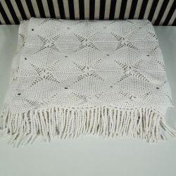 Fineste hæklede sengetæppe med ligeså fin proviens