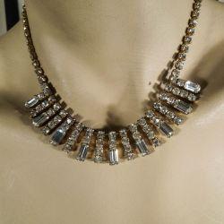 Vintage rhinstens halscolier med klare sten i gyldne fatninger