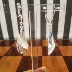 Vintage lange ørestikkere udført i mat og blankt sterling sølv