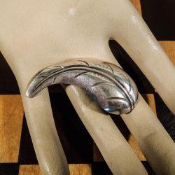 Vintage blad broche i sterling sølv fra Herman Siersbøl.