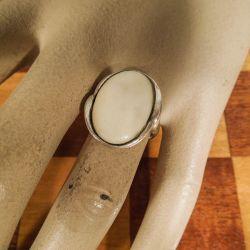 Vintage ring fra i kraftig sølv og elfenben