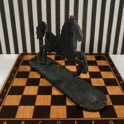Vintage skulptur/bogstøtte i form af hest i tung smede-jern.