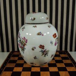 Fineste vintage bojaner/kæmpe lågkrukke i hvid porcelæn med blomsterbuketter!